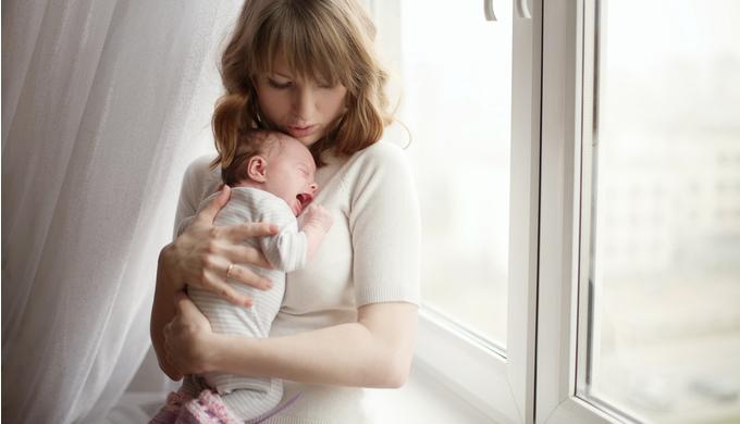 朝泣きする赤ちゃんのイメージ
